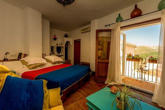 Cartajima, İspanya: Room Two - a mountainview room