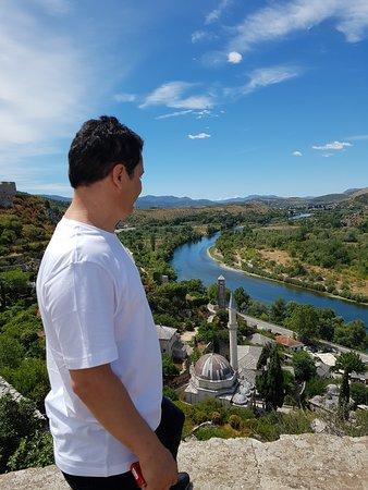 Pocitelj, Bosnia and Herzegovina: blick auf die Neretva