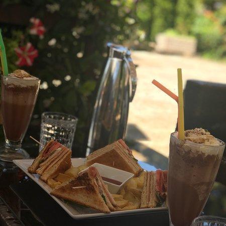 Villaggio Cafe Meze: photo0.jpg