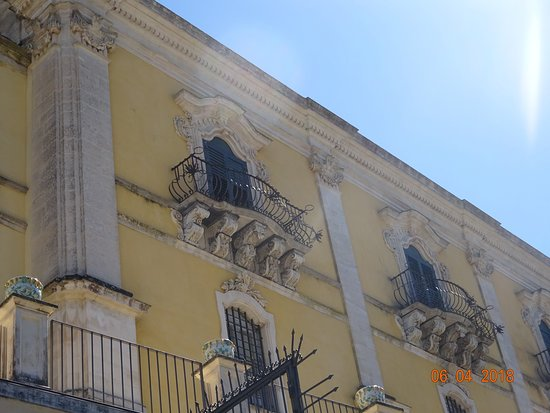 Palazzo Sortino Trono