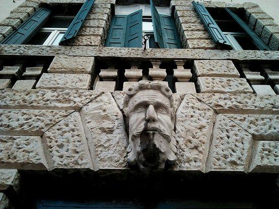Palazzo Montegnacco-Berghinz-De Concina