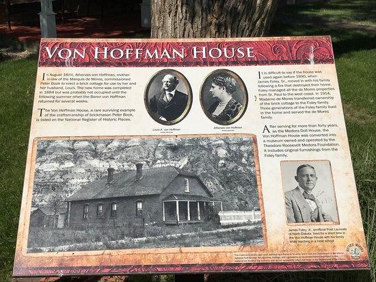 Von Hoffman House