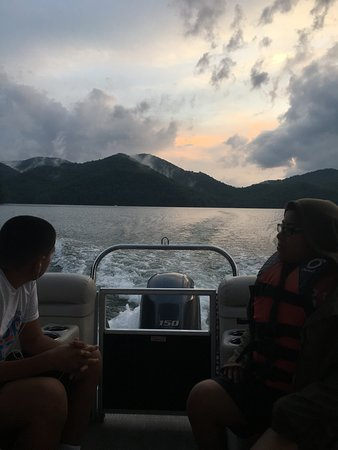 Nantahala Lake Marine: Admiring the beautiful view