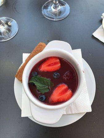 Beg-Meil, Frankreich: Soupe de fraise, menthe