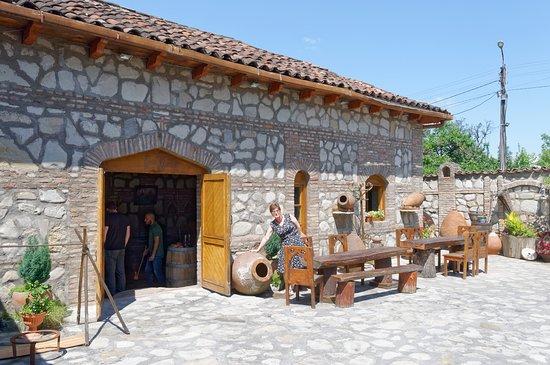 "Гурджаани, Грузия: ""Veranda"" winery"