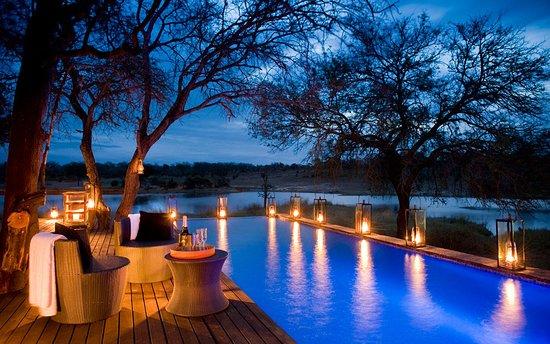 Camps Bay, Sudáfrica: Citwa Chitwa Game Lodge - a top romantic luxury escape