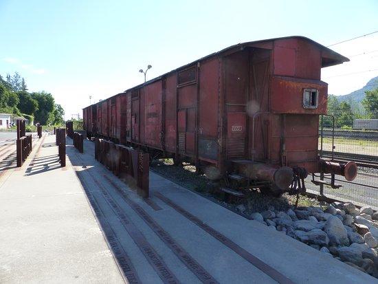 Memoriale della Deportazione: I carri bestiame