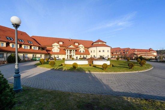 Rawa Mazowiecka, Pologne : Esterno hotel