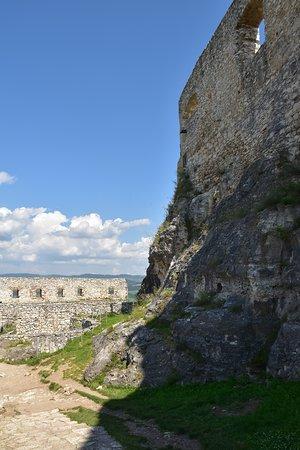 Spis Castle: mura
