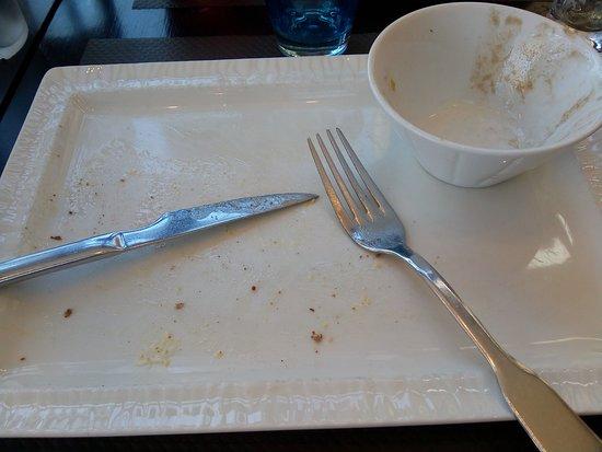 Crêperie du Port : ce qu'il reste de ma galette et de ma salade :-)