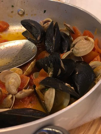 Gabicce Monte, Italien: Saute with Mussels