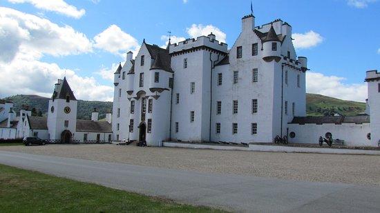 Blair Castle and Hercules Gardens : Blair Castle