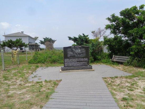 Fort Ocracoke Monument