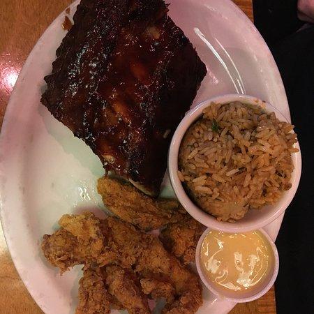 Texas Roadhouse: photo2.jpg