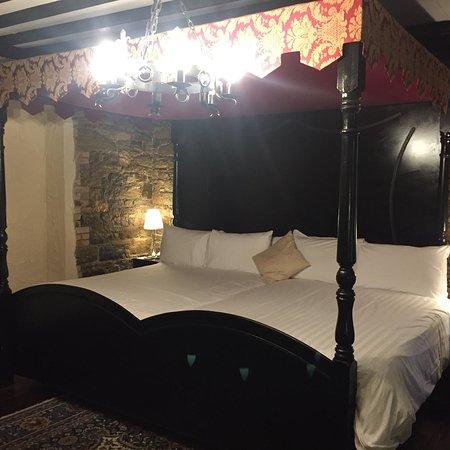 Kinnitty Castle Hotel Photo