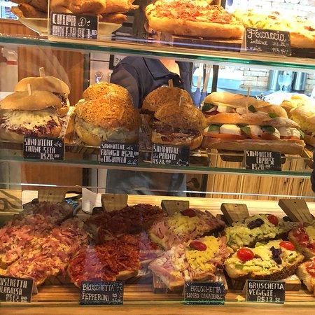O Padeiro Artisan Bakery: O Padeiro