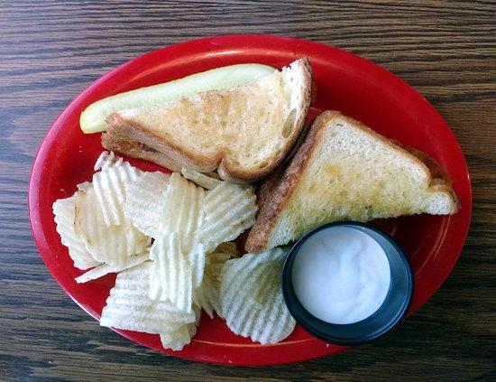 North Syracuse, État de New York: Buffalo chicken sandwich