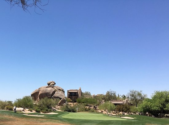 Boulders Resort & Spa, Curio Collection by Hilton: 5th Hole South