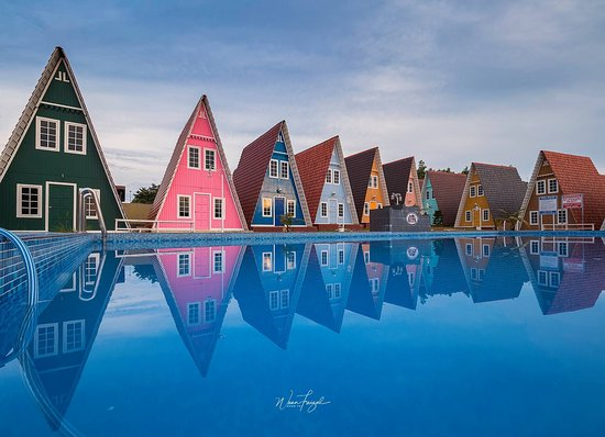 Masbro Village Triangle House