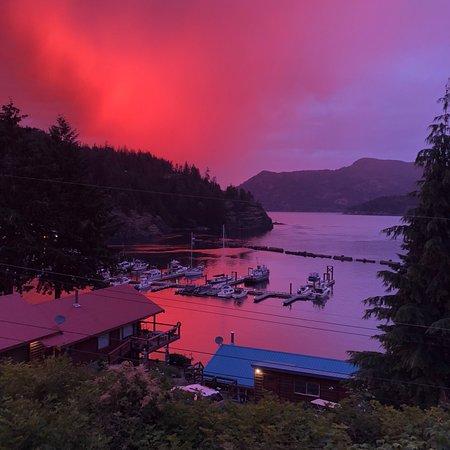 Brown's Bay Resort: photo1.jpg