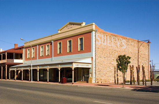 Opened in 1904 Broken Hill Regional Art Gallery is the oldest regional gallery in New South Wale