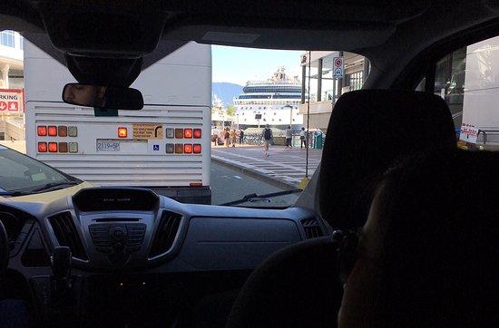 Vanlimo Limousine Service