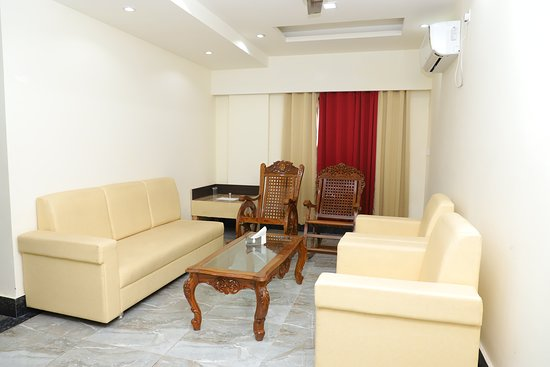 Roorkee, India: Suite Dining area