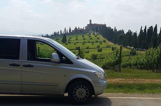 Brunello di Montalcino Wine Tour of 3...