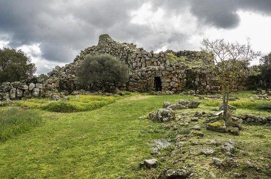 Arkeologisk tur Nuraghe Arrubiu Orroli
