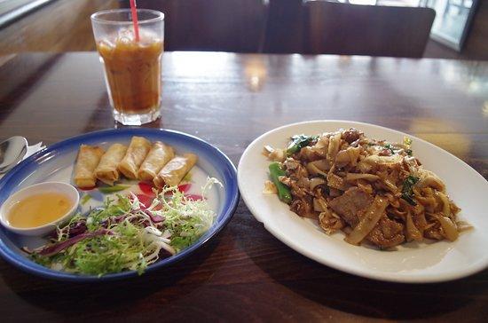 Taste Of Siam: Pad Seew Ew