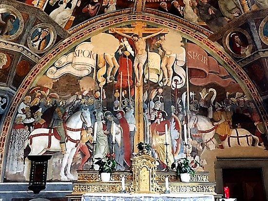 Esine, Chiesa di Santa Maria Assunta: Crocifissione (G. Pietro da Cemmo, fine Quattrocento)