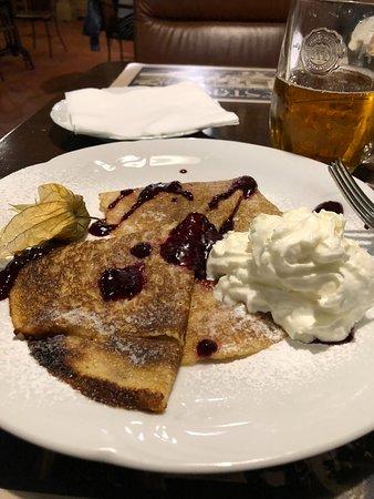 Retro Restaurant: Pancakes...hhmmmm