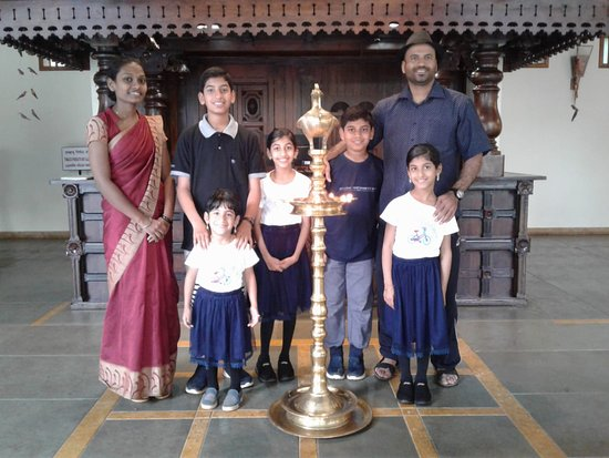 Kunjithanny, Индия: Happy guest Mr Ahamed and family.