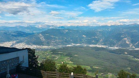 Ruffre-Mendola, Italy: vista dalla camera 210