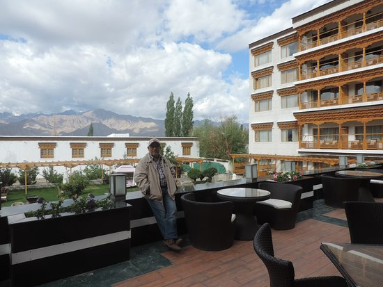 The Grand Dragon Ladakh: This is a great place to have breakfast.