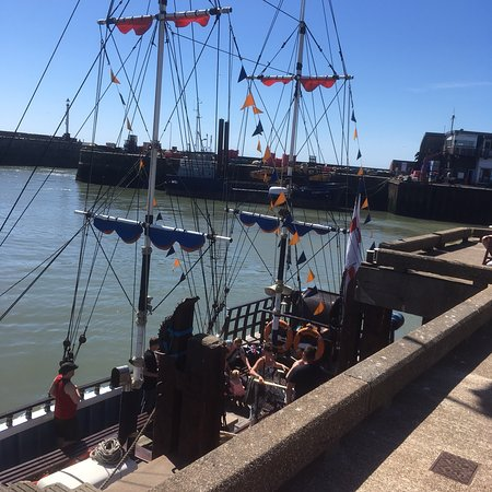 Bridlington Pirate Ship: photo0.jpg