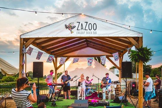 ZaZoo Beach Bar