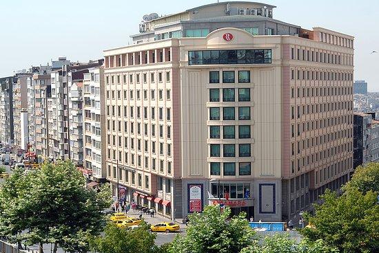 Ramada plaza istanbul city center hotel reviews photos for Guest house harbiye