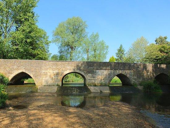 Geddington Bridge