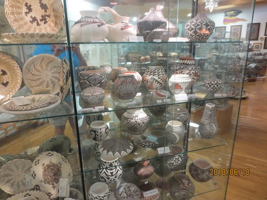 garden of the gods trading post native american pottery - Garden Of The Gods Trading Post