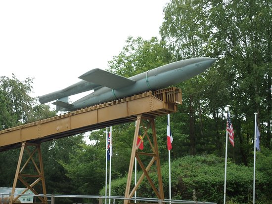 Eperlecques, Frankreich: V1 on its original ramp