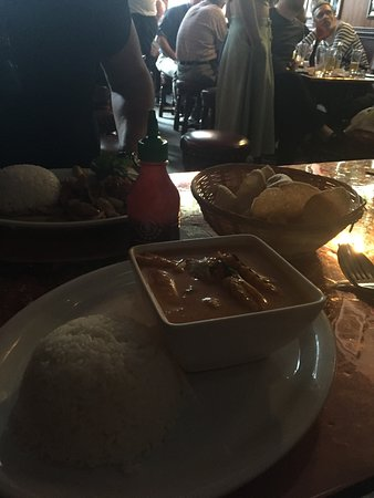 The Masons Arms: Delist Thai Food