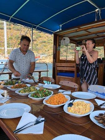 Volkan Boat Trip- Day Tours – fénykép