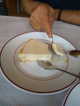 Galende, Spain: Y la tarta de queso....IM PRE SIO NAN TE