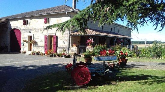Labretonie, ฝรั่งเศส: Hosts house