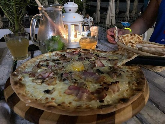 ДельМар: Muy rica comida. Pizza carbonara