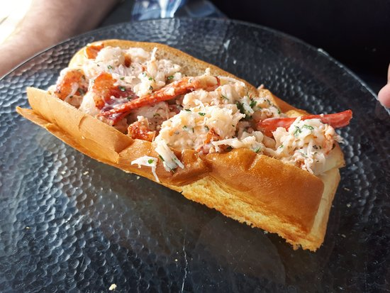 Pugwash, Canada: Delicious and fresh lobster roll