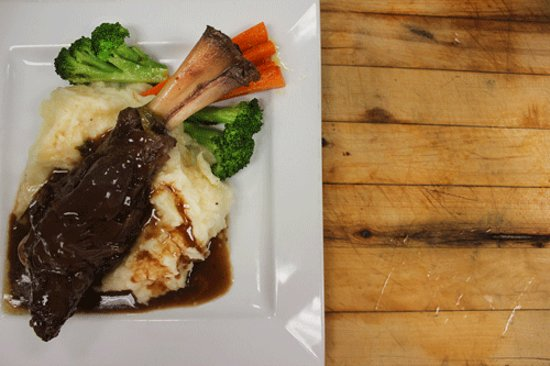 Calabogie, Kanada: Chef Feature: Lamb Shanks. This is a popular feature we have for events or weekends.