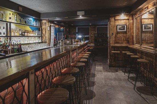 Longway cocktail&vodka bar