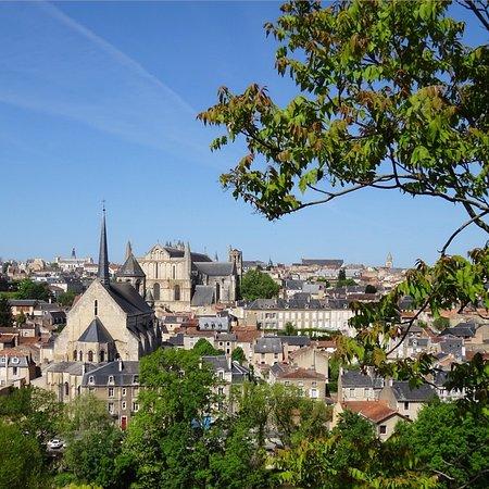 Vue sur Poitiers